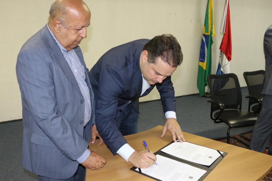 Presidente da Arsal aumenta despesas em 250%, omite informações públicas e desobedece Governador