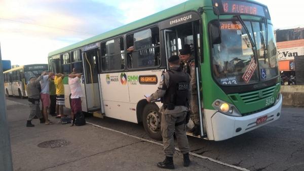 SEGURANÇA – Diminui o número de assaltos em ônibus de Maceió