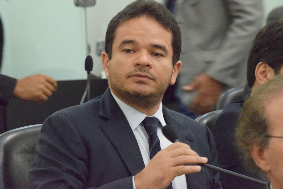 """Marcelo Victor quer emplacar """"governador-tampão"""" para garantir apoio à sua candidatura ao Governo"""