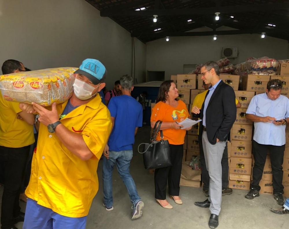 OPERAÇÃO SENHOR DO SOL –  Alimentos apreendidos em operação do Gaesf são entregues a entidades sem fins lucrativos