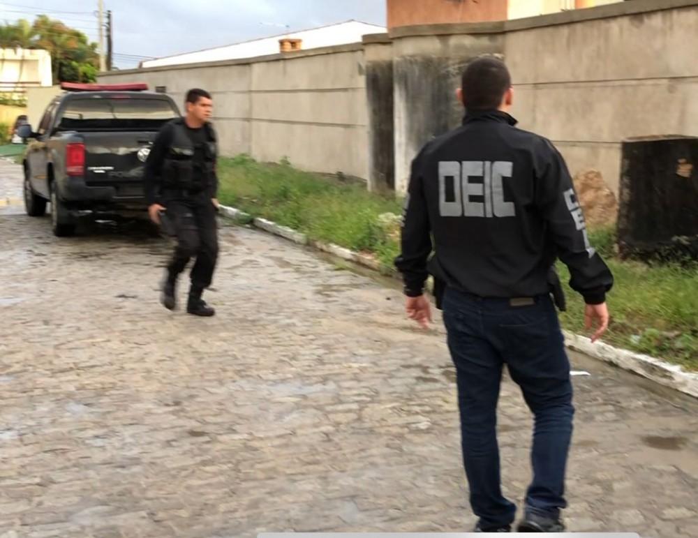 POLÍCIA – DEIC identifica instrutor de academia suspeito de pedofilia na internet