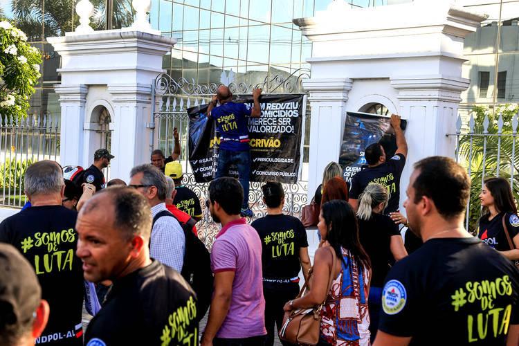 GREVE? Sem acordo com Renan Filho, policiais civis ameaçam paralisar atividades