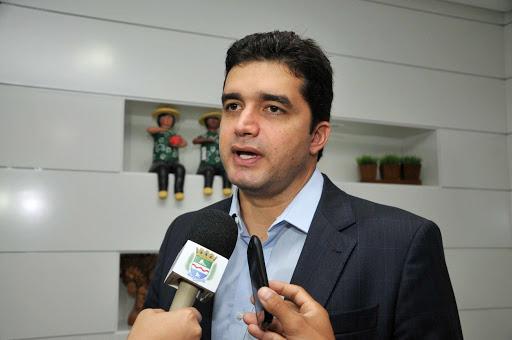 É HORA DE DAR TCHAU! Rui Palmeira se desfilia do PSDB