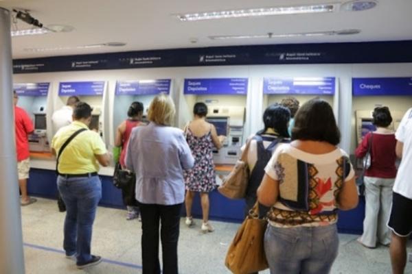 PAGAMENTO ANTECIPADO – Aposentados e pensionistas da 1ª faixa receberão décimo terceiro no dia 05 de abril