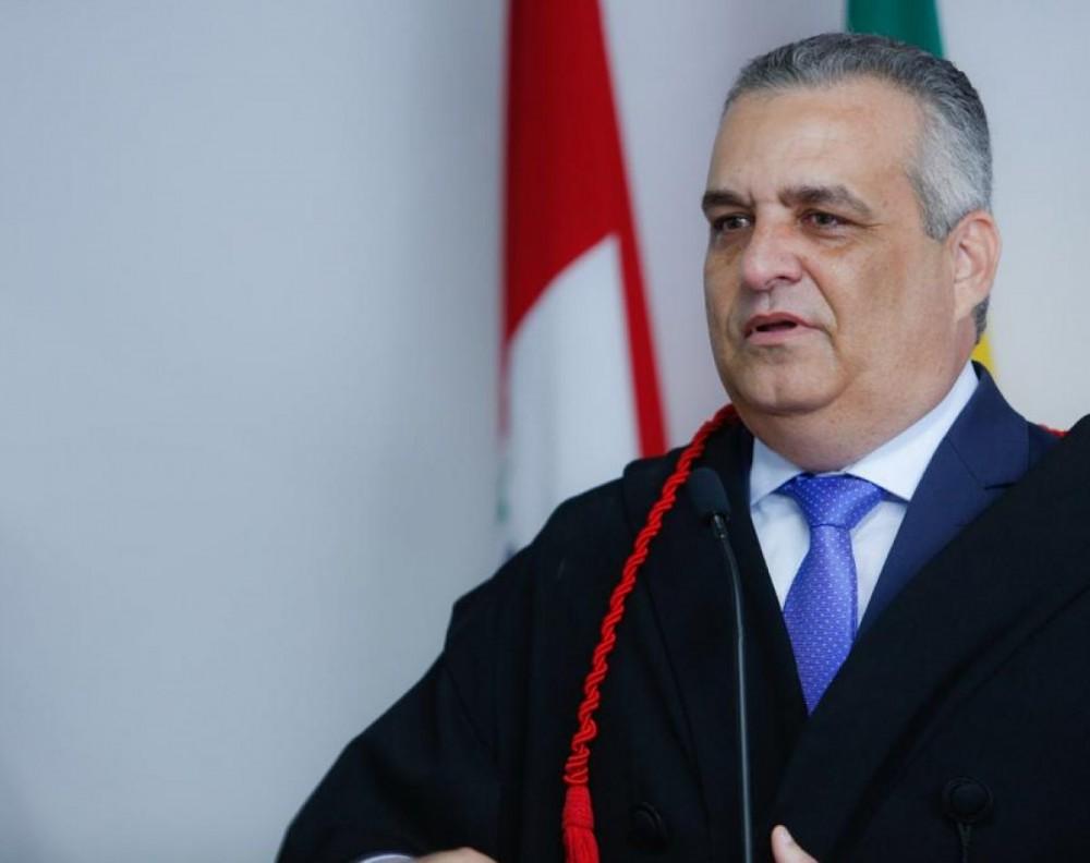 O FIM DE UMA ERA – Alfredo Gaspar entrega chefia do Ministério Público