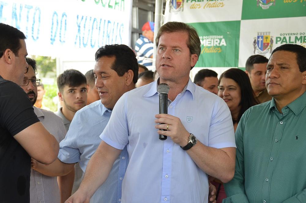 DANDO O EXEMPLO – Marx Beltrão promete doar metade do salário para abrigos de idosos de Alagoas