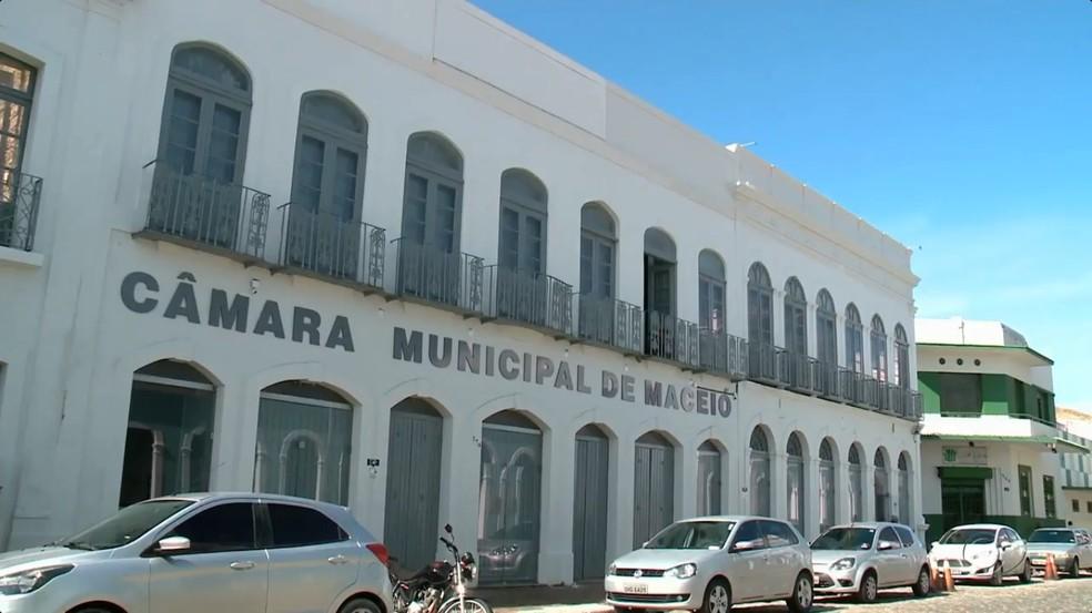 EM PAUTA – Reforma previdenciária é debatida na Câmara Municipal