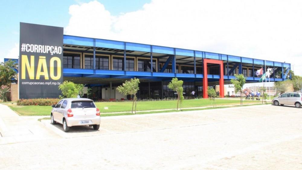 GREVE! Servidores paralisam atividades em Alagoas