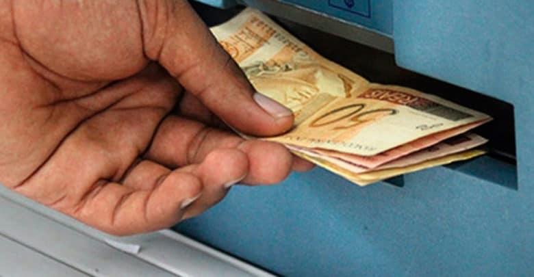 CUIDADO COM GOLPES – Governo promete pagar R$ 200 para trabalhadores sem carteira, mas cadastro ainda não foi liberado