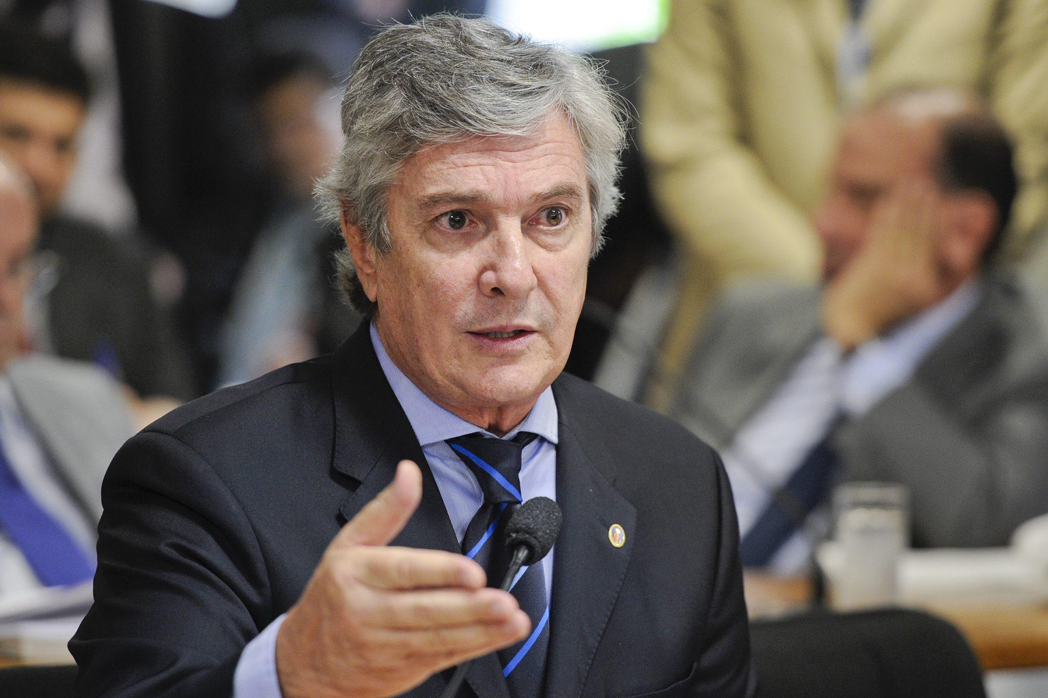 MISSÃO REPATRIAR! Collor aciona Relações Exteriores para trazer alagoanos no Peru