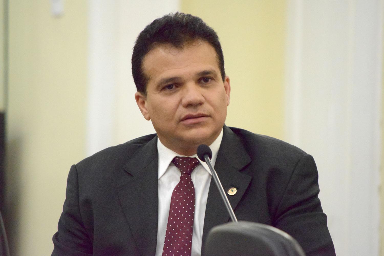 ARAPIRACA – Ricardo Nezinho sugere que vacinação contra a influenza seja feita pelas equipes do PSF