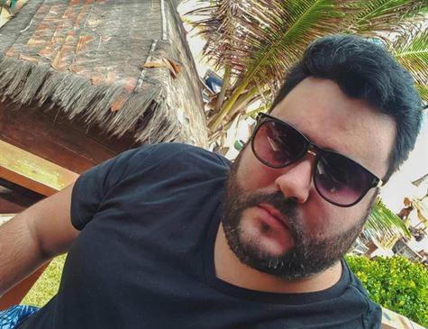 MAIS UM PRA LISTA DE SUSPEITOS? Filho de dono da Globo na Paraíba morre com suspeita de Covid-19