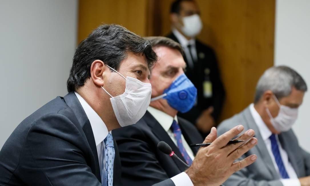 ELEIÇÕES 2020 – Ministro da Saúde sugere adiamento e presidente da Câmara diz que não é a hora