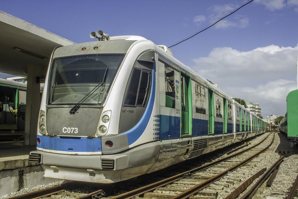 ÁREA DE RISCO – CBTU suspende operações na estação do Mutange