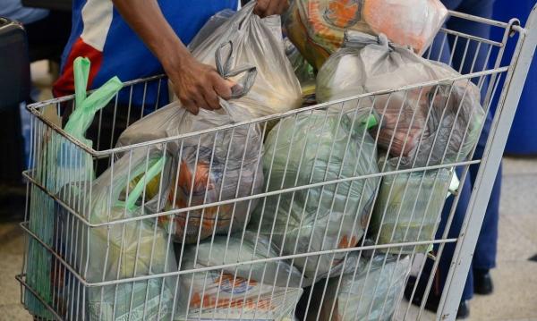 Photo of PRECAUÇÃO NUNCA É DEMAIS – Embalagens e alimentos requerem higienização, reforçam especialistas