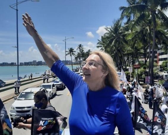 """Katia Born é """"jogada"""" para ser secretária em Palmeira dos Índios para evitar conflito entre JHC e Lessa"""