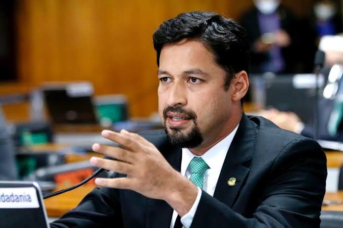 """""""É cedo ainda para falar em candidatura"""", diz Rodrigo Cunha sobre interesse em disputar o governo de AL"""